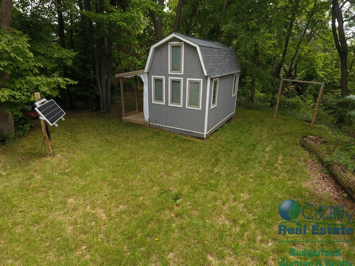 secluded deer hunting camp in southwestern wisconsin uc hunting