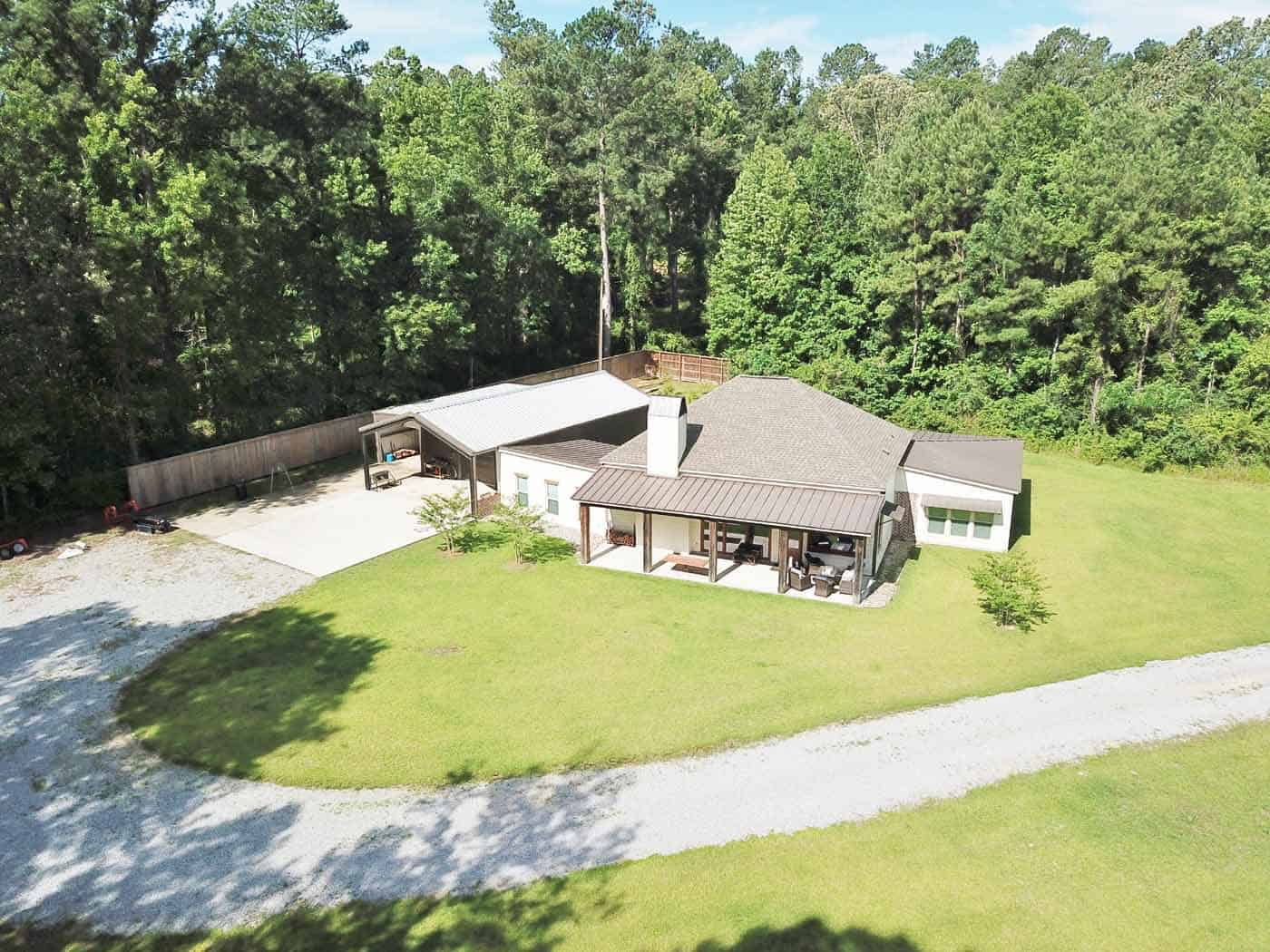 Hunting Lodge with Pond For Sale Wilkinson County MS