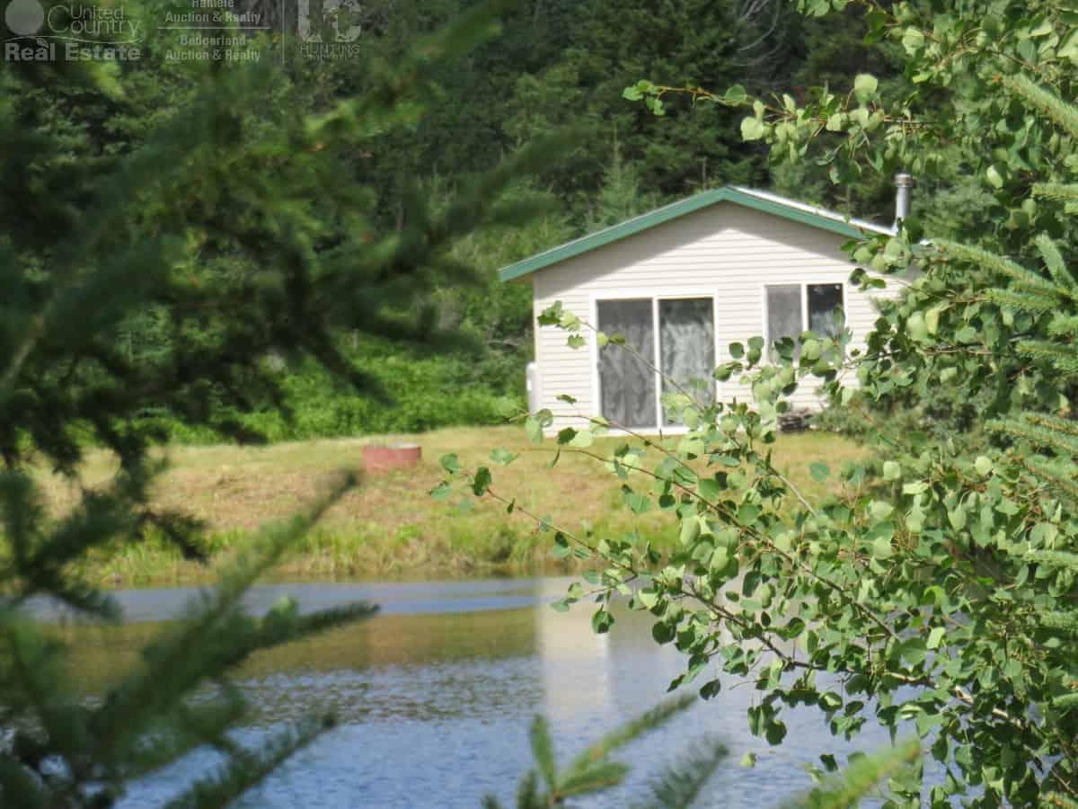 Off Grid Cabin on 84 Acres Near Glidden, WI