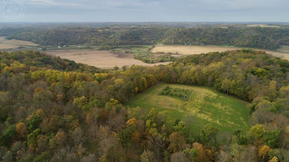 Wonderous Whitetail Camp For Sale in Richland County, WI
