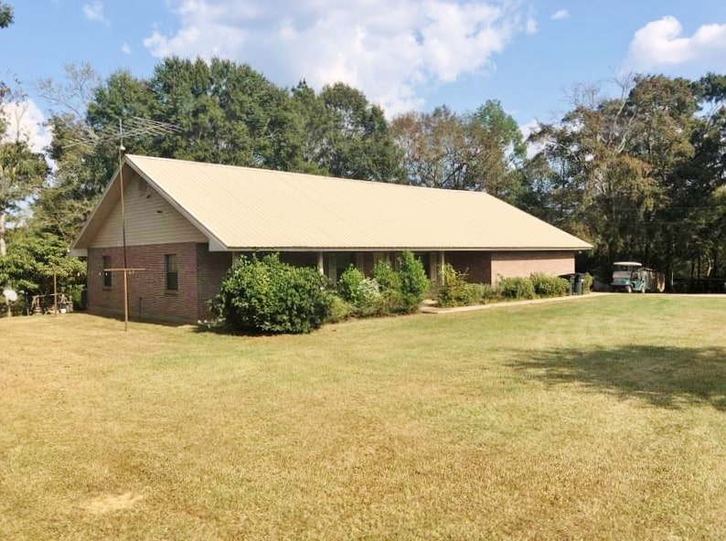 3 Bed/2.5 Bath Home, 30 Acres Land for Sale Tylertown MS