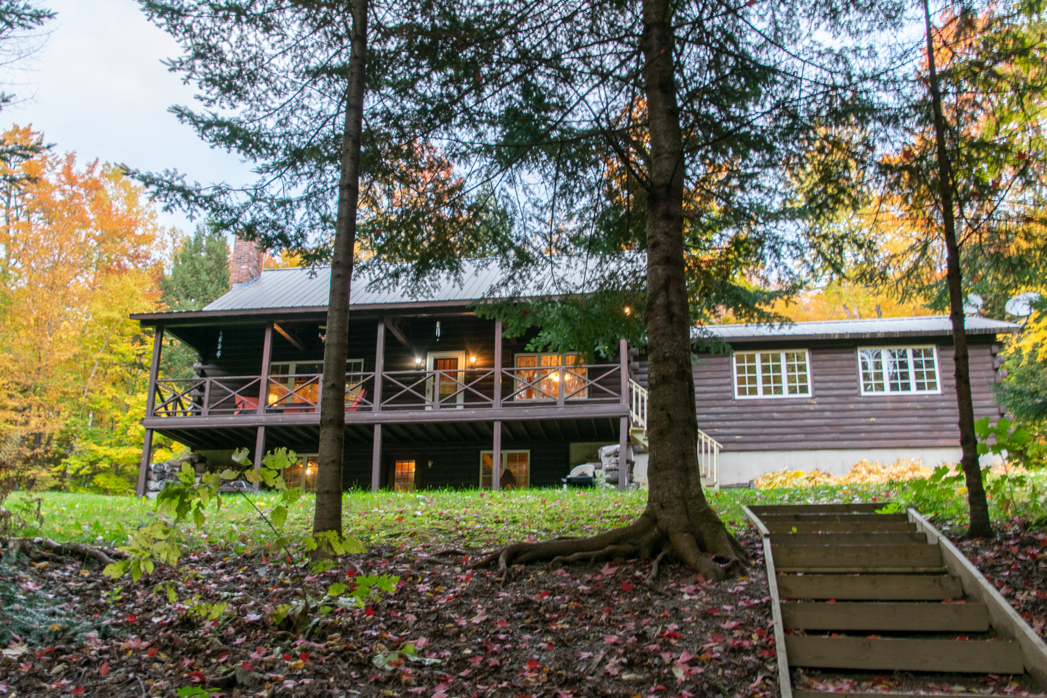 Lake Front Log Home 42 +/- Acres