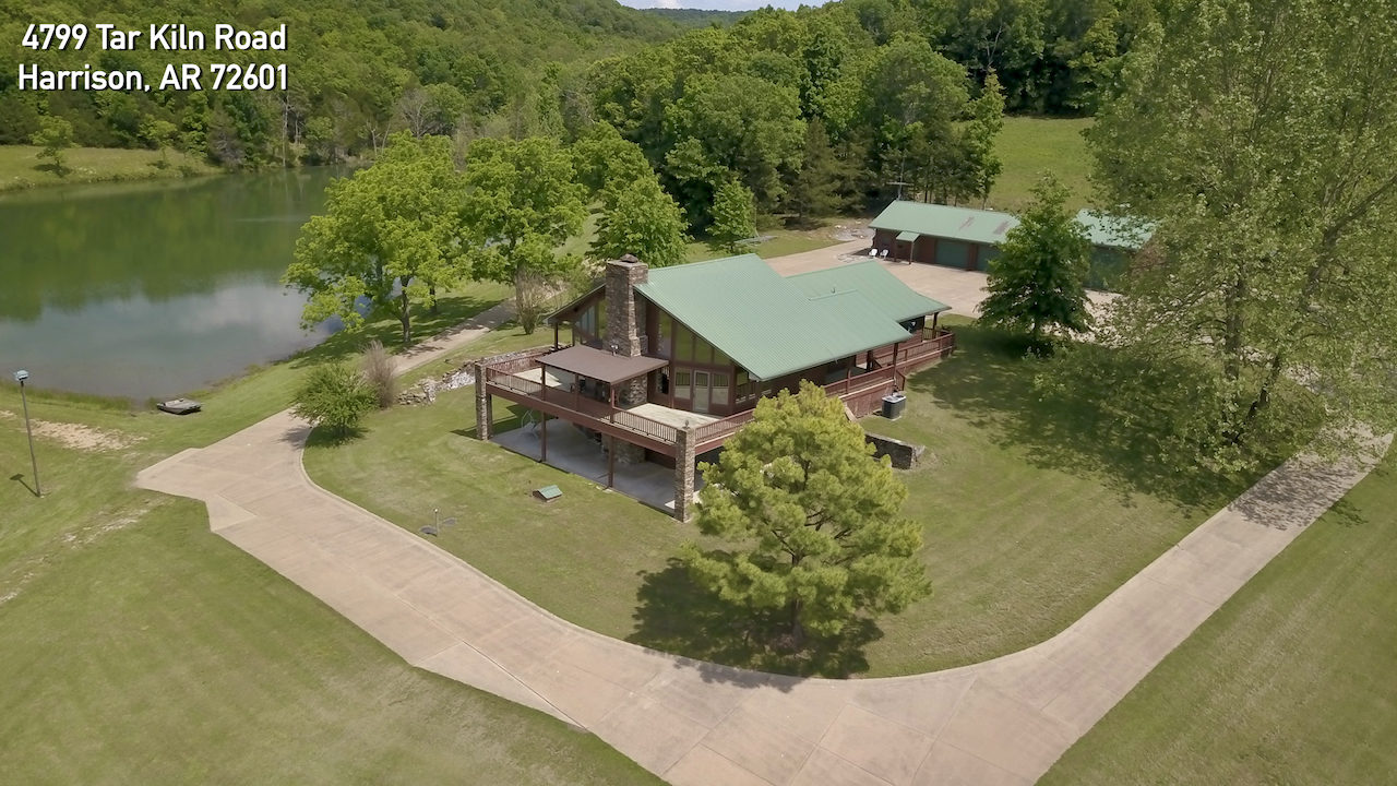 Private Hunter's Paradise!  Ranch – Lodge – Ponds – Springs – Timber!