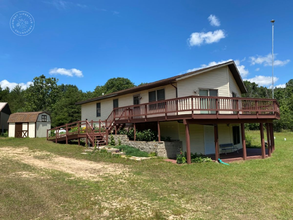 Rural Wisconsin Dells Secluded 3 Bedroom Home
