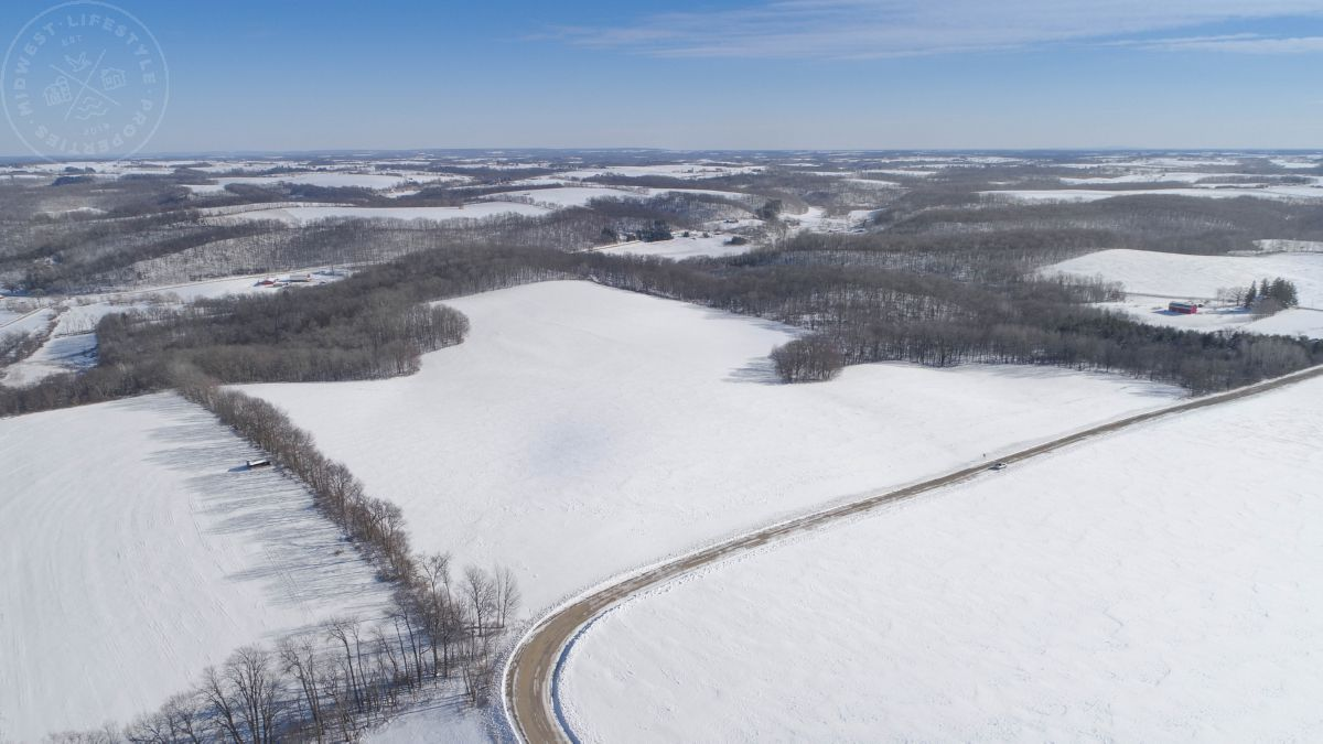 Premium Row Crop Land For Sale in Southwest Wisconsin