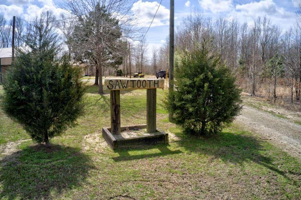 Turnkey Hunting Lodge, Hunting Land for Sale Tensas Parish