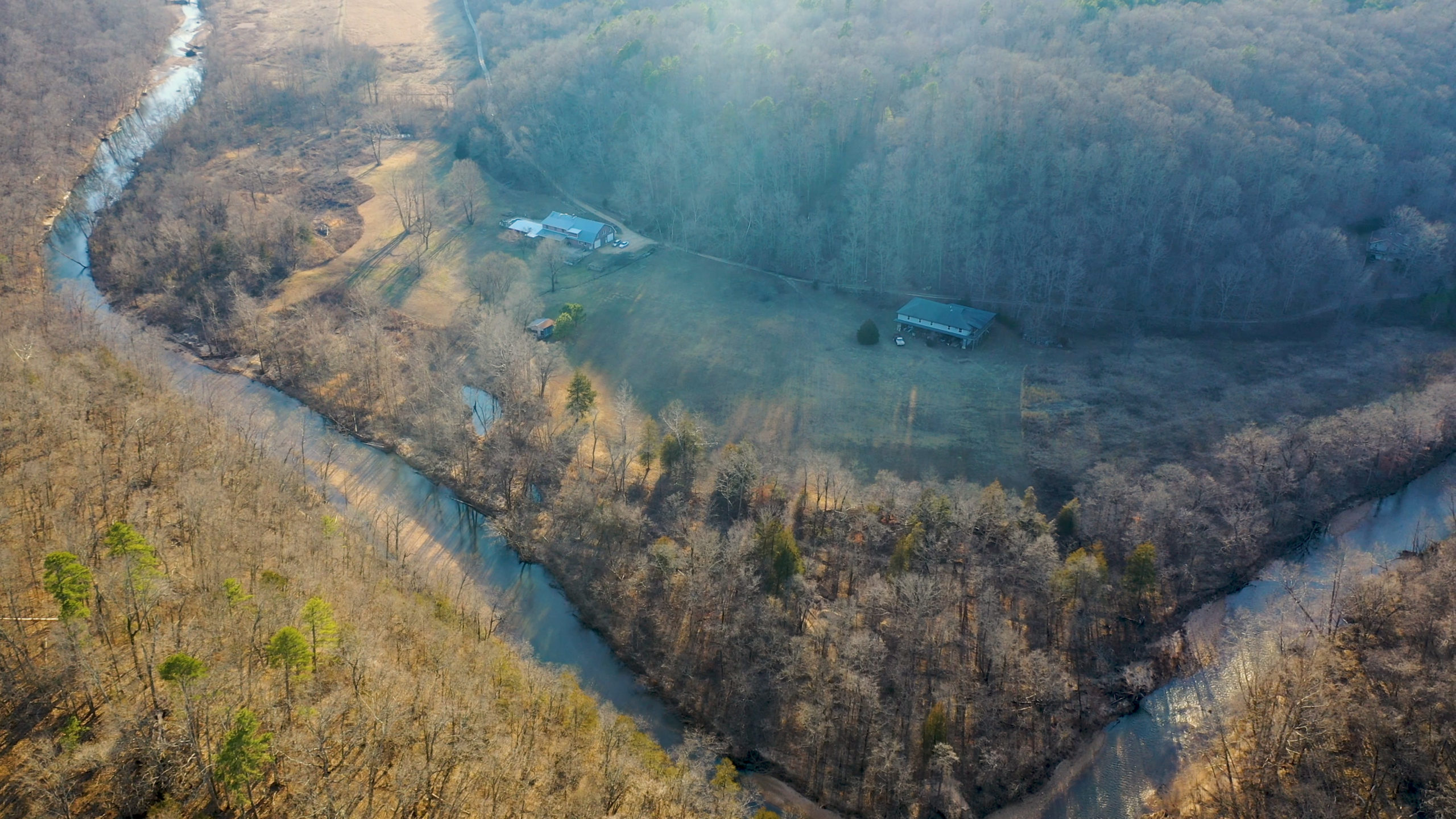 River Front Home – Springs – Hunting & Recreational Property