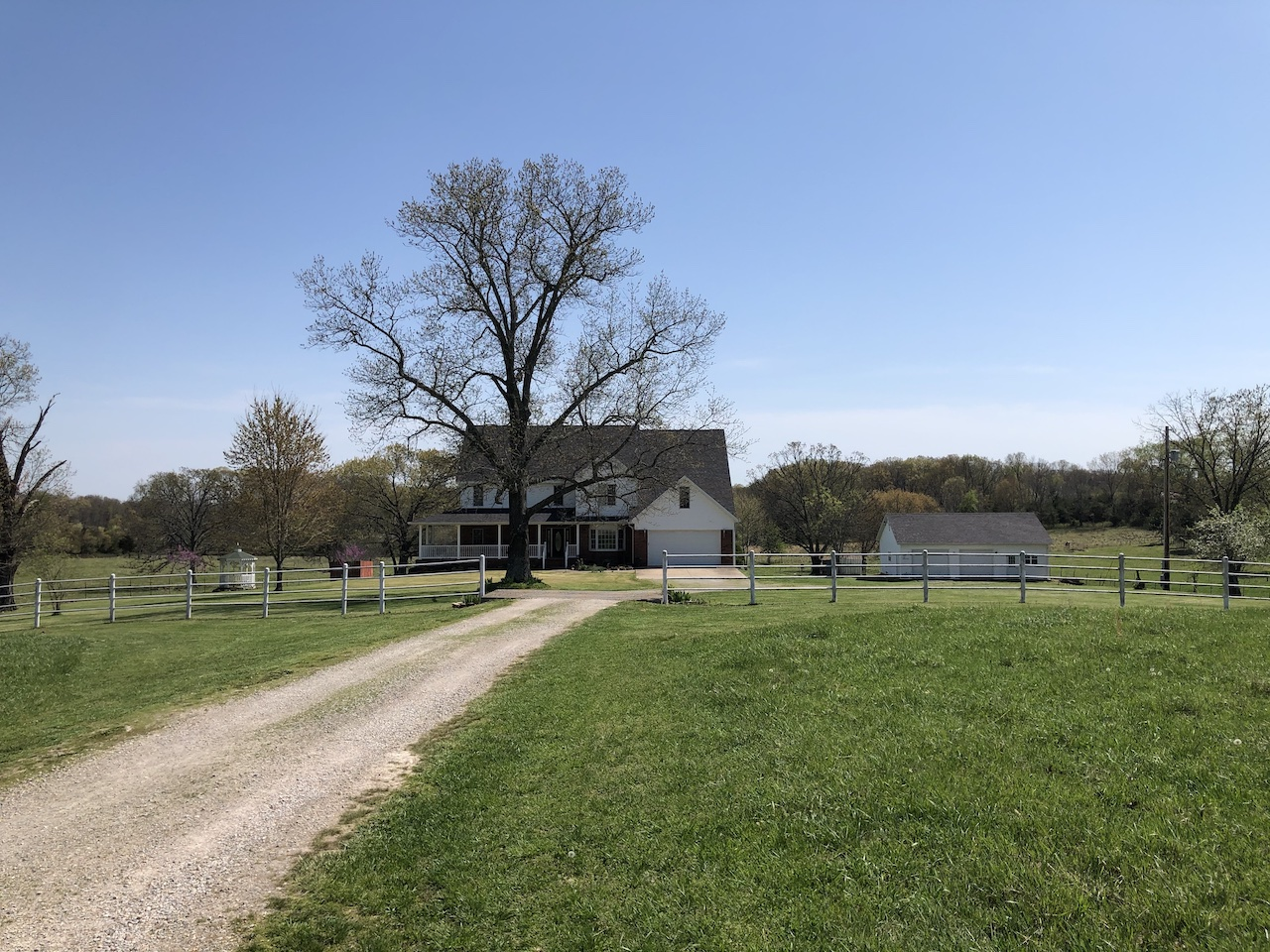 Country Home for Sale in South Central Missouri