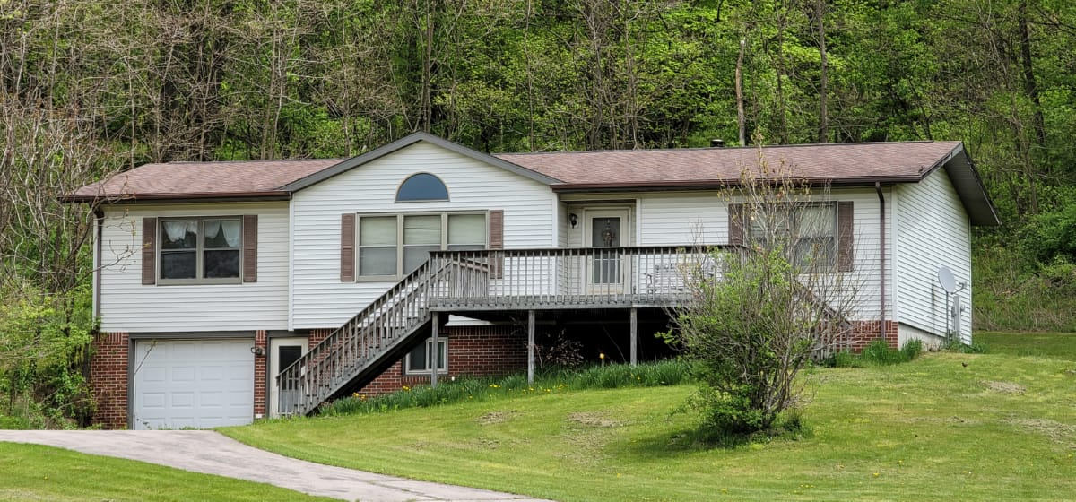 Country Home with Rec Land for Sale Richland County