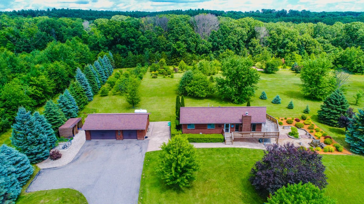 Hard to Find Country Home with Great Hunting Near Oxford WI