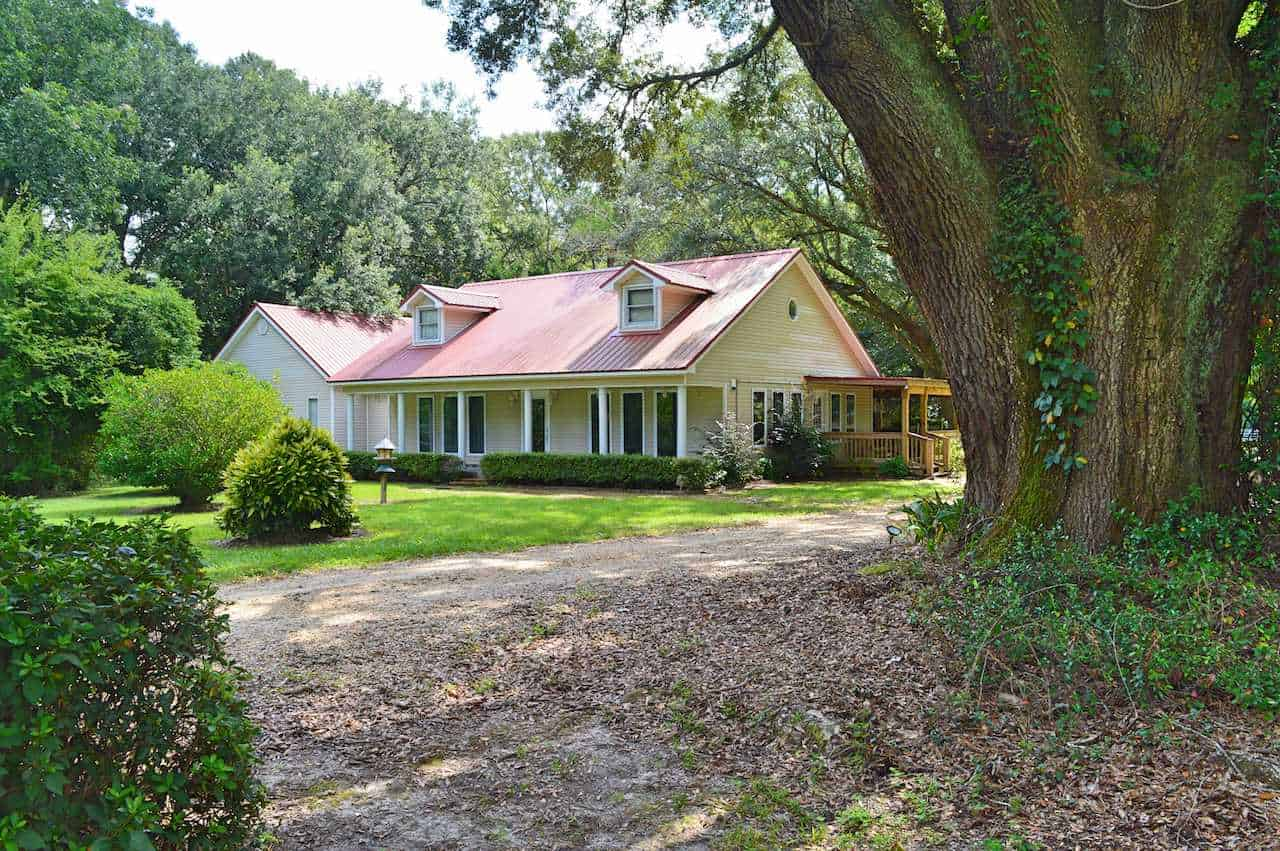 Country Home, 120 Acres Land for Sale Pearl River County, MS